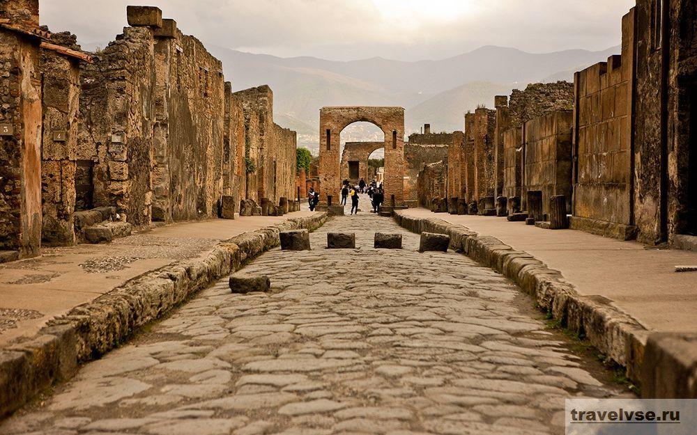 Античный город Помпеи