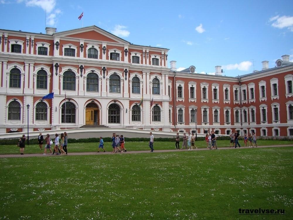 Барочный дворец Митавский