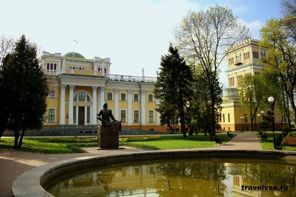 Дворцово-парковый комплекс в Гомеле