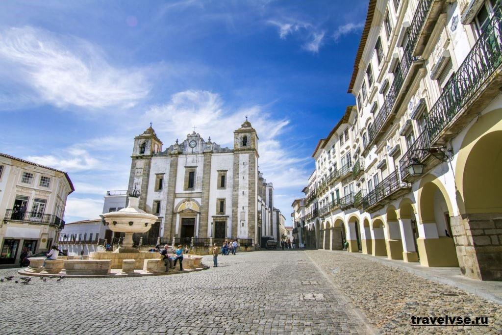 Эвора в Португалии