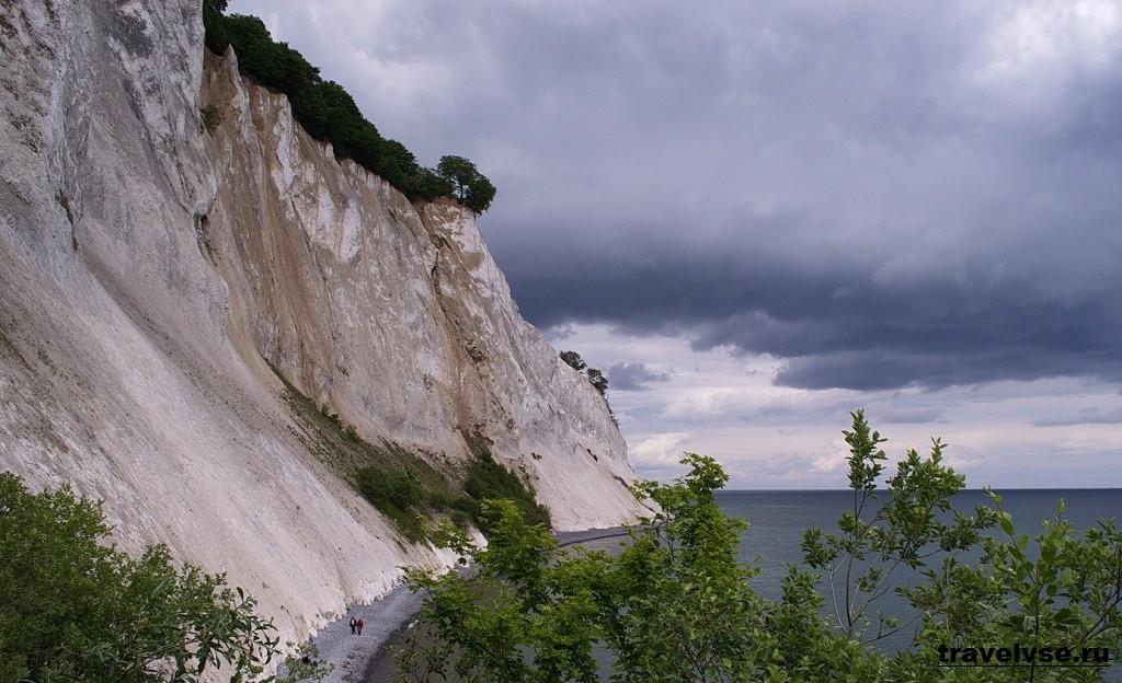 Меловые утесы (скалы) острова Мён
