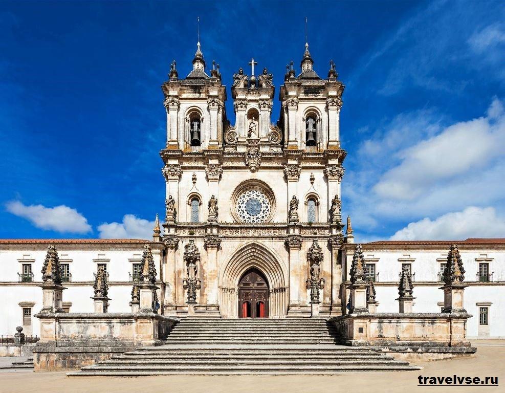Санта-Мария де Алкобаса