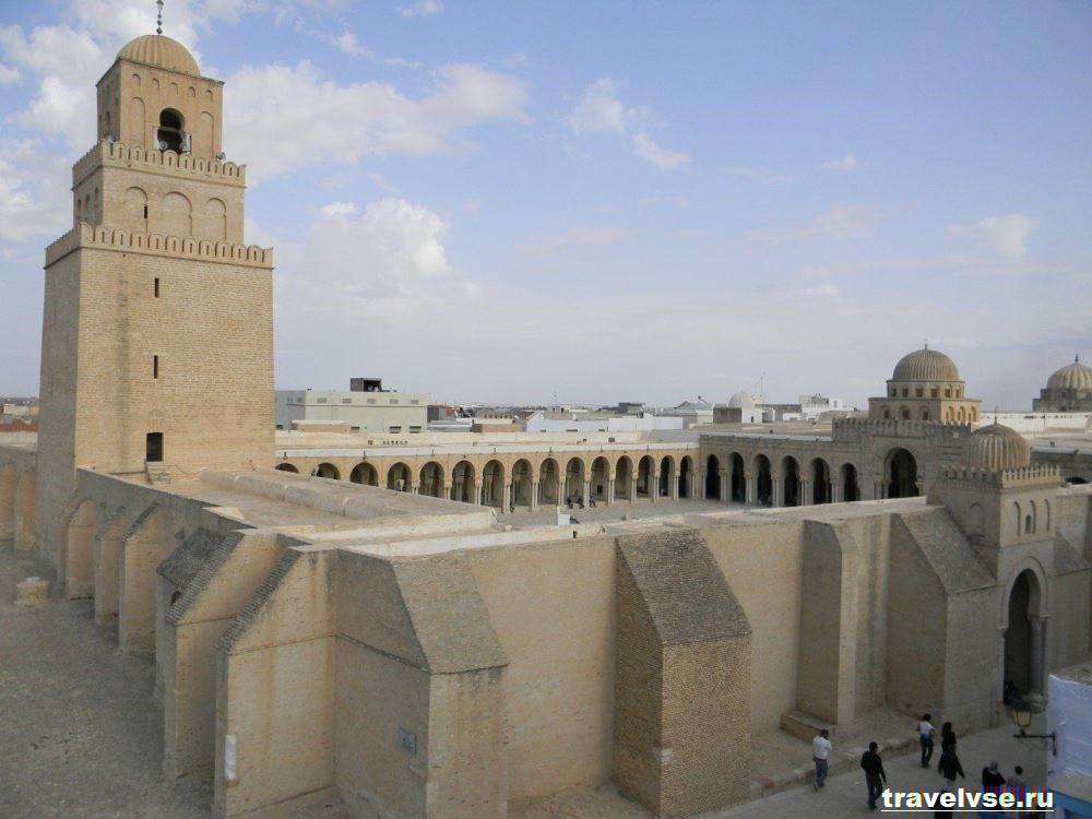 Мечеть Укба в Тунисе