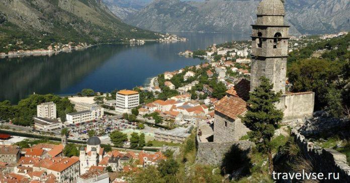 Авиасообщение с Черногорией будет возобновлено